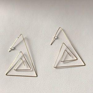 Dainty geometric earrings Gold